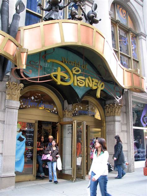 store nyc review world of disney store disneyland designing