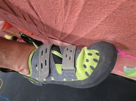 outdoor gear lab climbing shoes la sportiva tarantula review outdoorgearlab