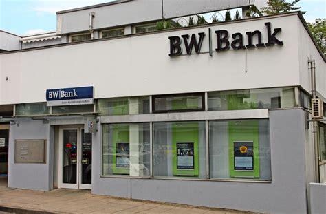 bw bank degerloch die bw bank d 252 nnt ihr filialnetz auch im stuttgarter