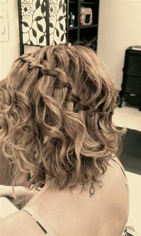 waterfall braid with curly hair hairstyles
