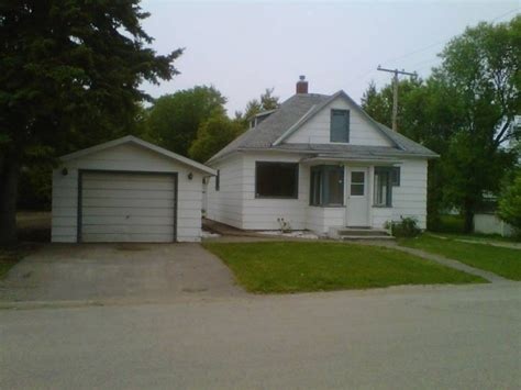two bedroom house for rent 2 bedroom house for rent in raymore in raymore saskatchewan affiliatedrealtors