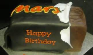 mars kuchen mars bar cake cake by essentially cakes cakesdecor