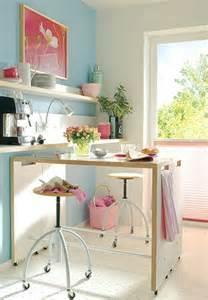 cute style kitchen: mesas altas de cocina alternativa a las mesas plegables en cocinas