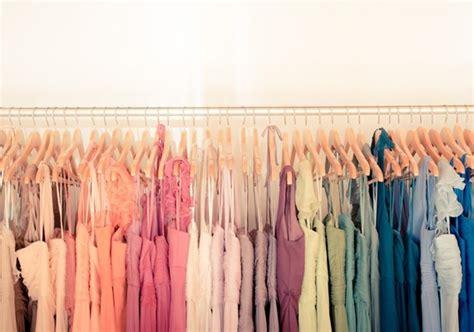 organized closet color coded primp wear