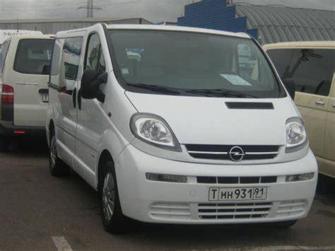 2003 Opel Vivaro Pictures
