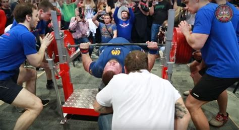 world record bench press 15 year old world record bench press 15 year 28 images world