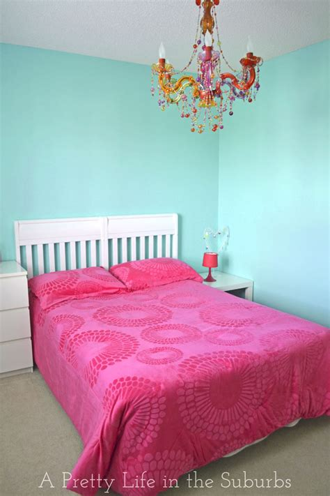 Pink And Turquoise Bedroom by Turquoise Pink Tween Room A Pretty In The Suburbs