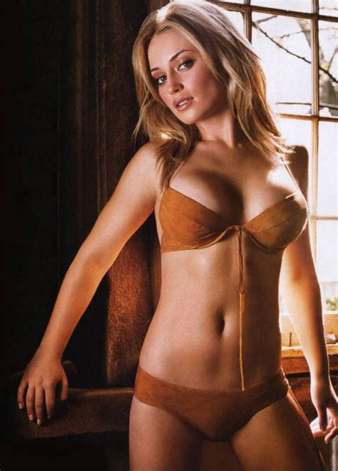 Holly Valance In Entourage Monica Keena Images Gallery Bizy Body