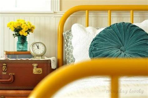 great yellow and teal bedroom decorating