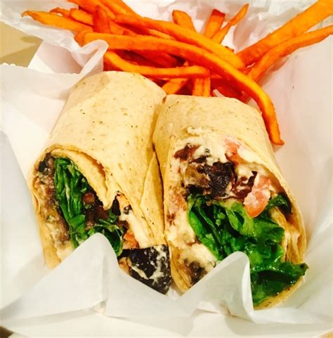 billiken club and grill grilled veggie wrap calories