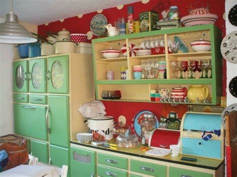 retro style kitchen cabinets 1930s kitchen 1930s farmhouse design pinterest