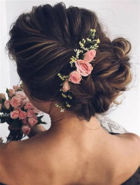 Wedding Hair With Roses by 10 Beautiful Wedding Hairstyles For Brides Femininity