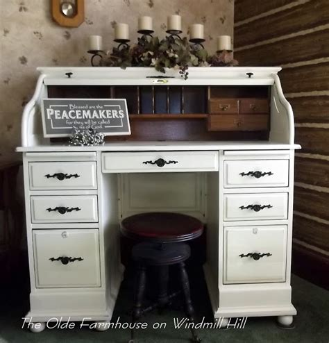 how to paint a desk white the olde farmhouse on windmill hill desk makeover how to