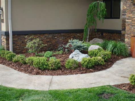 Landscape Bark Index Of Services Landscaping Mulch Pine Bark