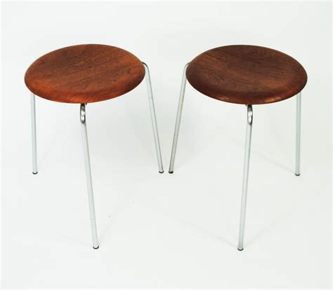 Arne Jacobsen Dot Stool by 2 X Dot Stool By Arne Jacobsen For Fritz Hansen 1950s