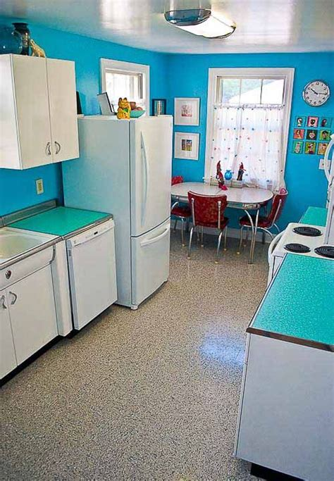 kitchen and eating area picture of heritage trail luxury 1000 images about vintage 50 s metal kitchen cabinets on