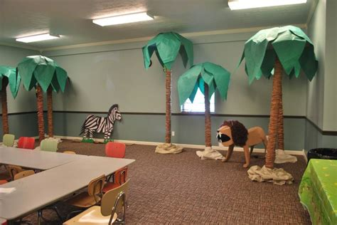 How To Make Rainforest Trees Out Of Paper - jungle trees made from carpet brown lunch bags