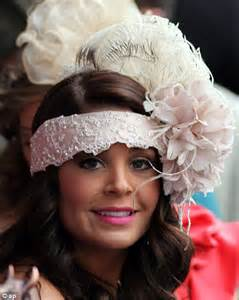 hats with fans on them hats off to them spectators at kentucky derby don t let