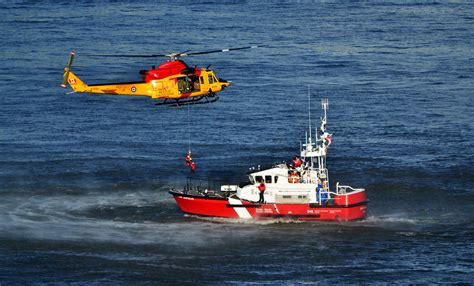 Canadian Coast Guard Search And Rescue File Rescue Exercise Rca 2012 Jpg Wikimedia Commons