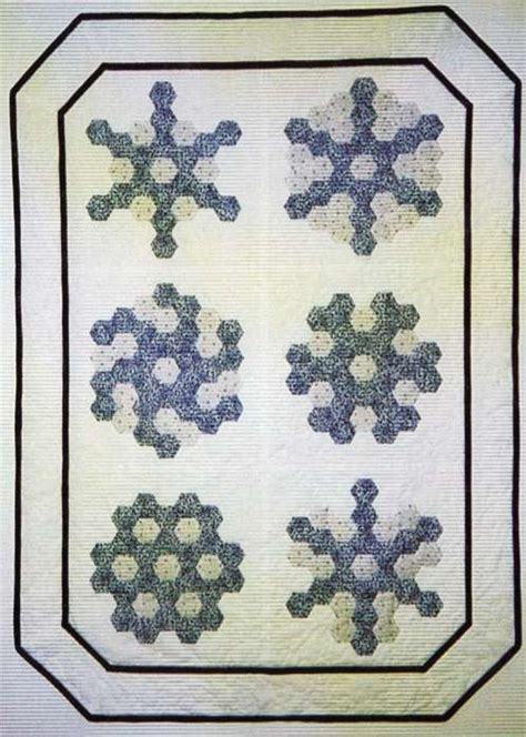 Hexagon Papers For Patchwork - grandmothers snowflakes 0305 a winter theme in