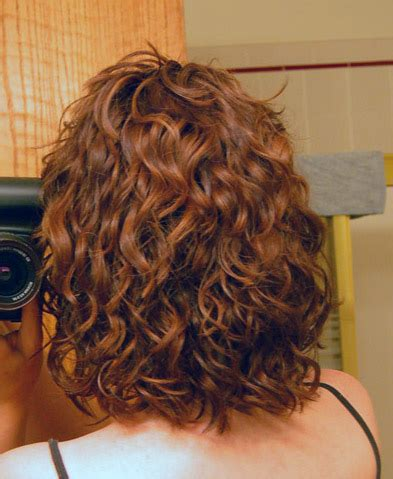 how to cut your own curly hair in layers how to cut my own curly hair in layers short curly hair
