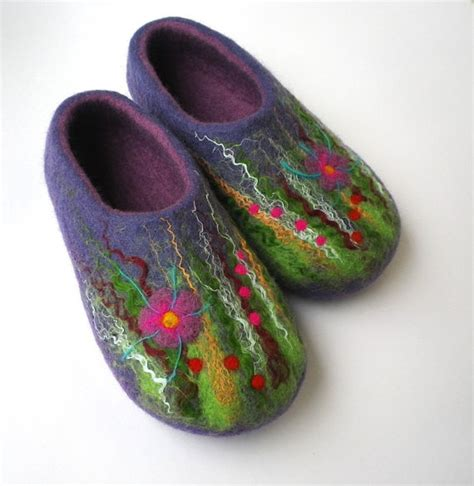 felt house slippers felted wool slippers house shoes meadow by agilewool on etsy