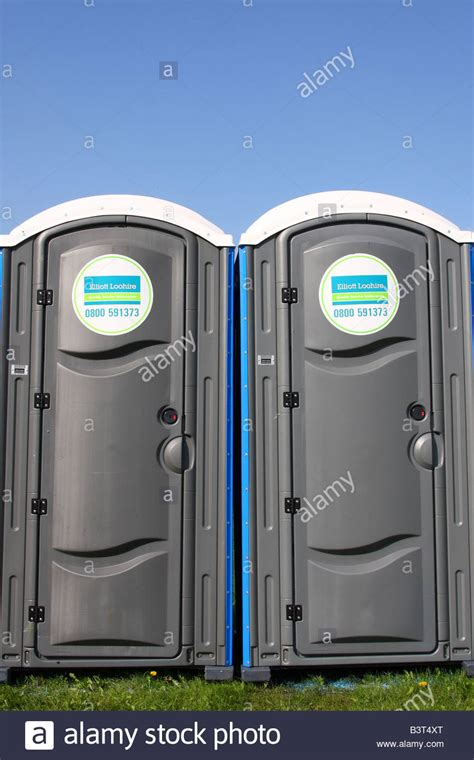 portable toilet facilities porta loo stock photos porta loo stock images alamy