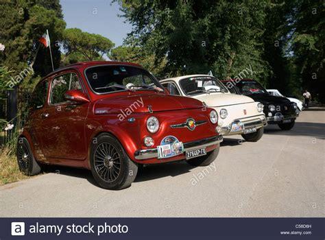 Italian Car Fiat by Fiat 500 Classic Italian Car Stockfotos Fiat 500 Classic