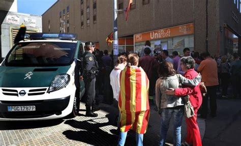 oficina censo electoral barcelona la guardia civil incauta la documentaci 243 n del censo