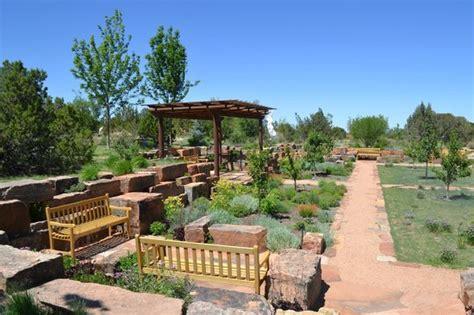 Center Of The Gardens Picture Of Santa Fe Botanical Santa Botanical Garden