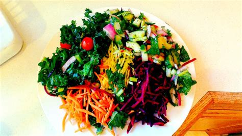Live Food Bar Detox Salad by Salad