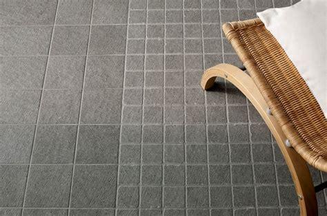 piastrelle per terrazzi esterni piastrelle antiscivolo per esterni pavimenti per esterni