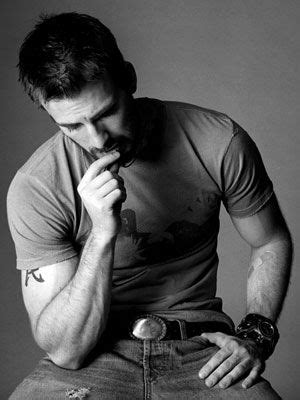 chris evans tattoo removed 25 best ideas about husband name tattoos on