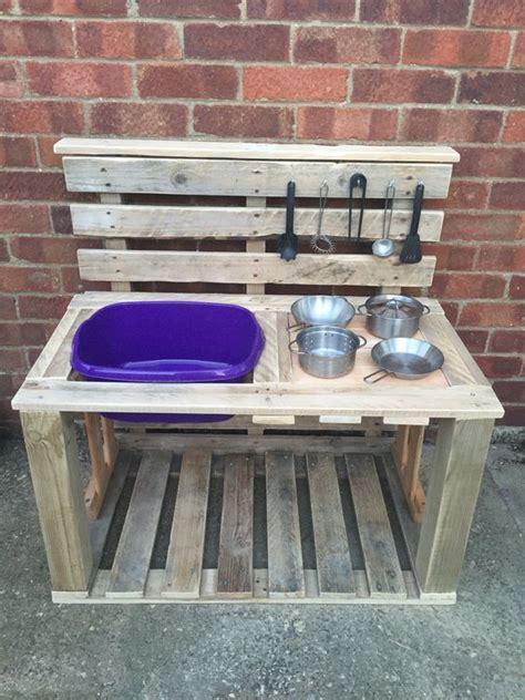 And Pie Kitchen by Millie S Mud Pie Kitchen Made From Pallets Grandkids