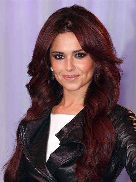 maroon hair color dark hair with maroon tintuvuqgwtrke