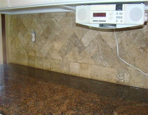 Travertine Tile Kitchen Backsplash Travertine Tile Backsplash Atlanta Bathroom Remodleing Duluth Bath Remodel Atlanta Frameless