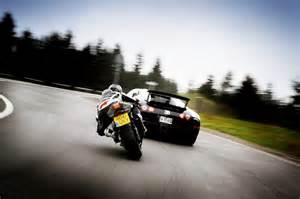 Motorbike Bugatti Bugatti Veyron Vs Bmw S1000 Rr Which Is Fastest