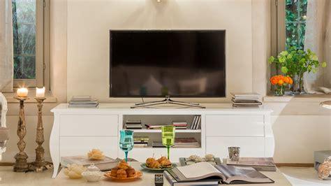 mobile in legno grezzo dalani mobile tv in legno grezzo fascino country chic