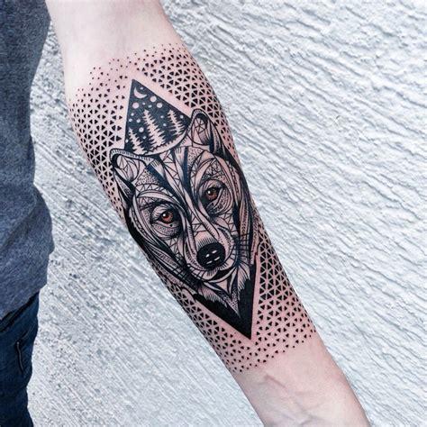 figuras geometricas tattoo formas geometricas geniales en los tatuajes de jessica