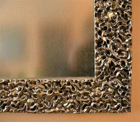 cornici legno intagliato specchio con cornice in legno intagliato e laccato a mano