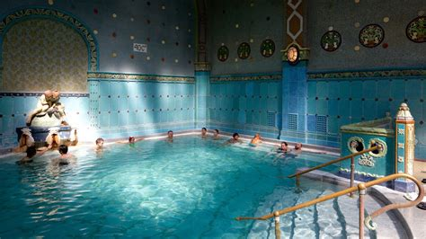 bagni gellert budapest gellert thermal baths and swimming pool pictures view