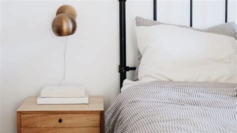 Best Sheets For Sweaty Sleepers by Cotton Linen Or Silk A Guide To Choosing The Right