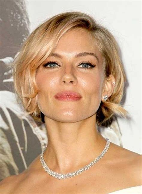 short coiffed hairstyles female executive 17 best ideas about celebrity short haircuts on pinterest