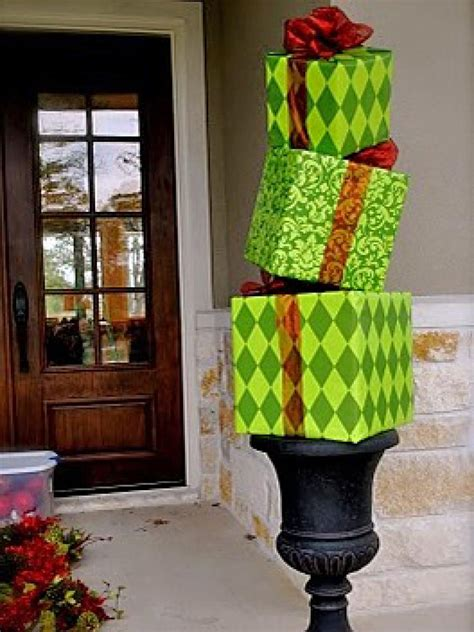 christmas decorations diy 10 christmas door decorations diy