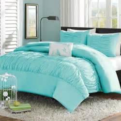 Pink Master Bedroom ruched bedding