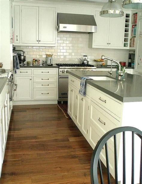 Kitchen Backsplash Photos White Cabinets the 25 best gray quartz countertops ideas on pinterest