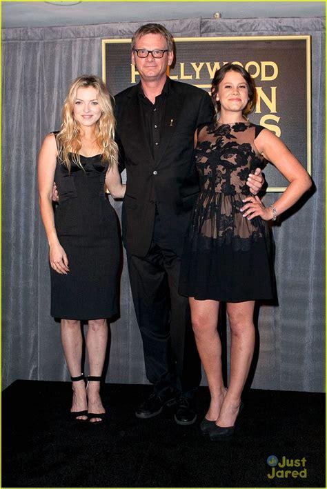 Nicholsons Is Named Miss Golden Globe by Sosie Bacon Named Miss Golden Globe 2014 Photo 620595