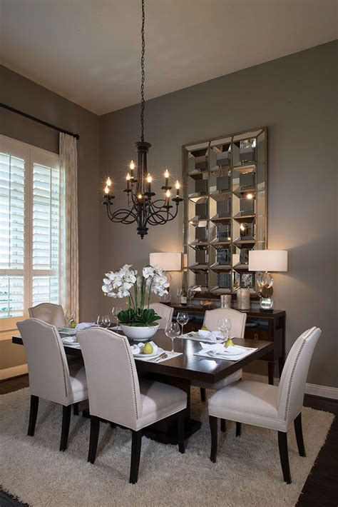 dining room decor 25 best ideas about dining room chandeliers on pinterest