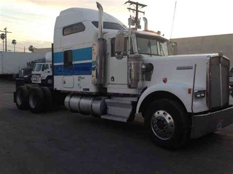 W900 Studio Sleeper by Kenworth W900 1995 Sleeper Semi Trucks