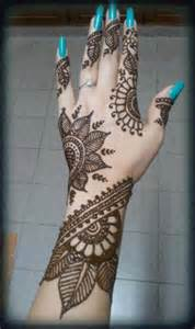 Mehndi designs big flower mehndi design